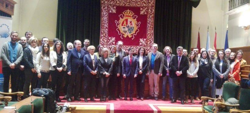 Viraventos forma parte da Plataforma de Organizacións de Infancia de Galicia.